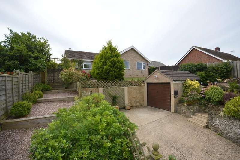3 Bedrooms Detached Bungalow for sale in West Street, Godshill