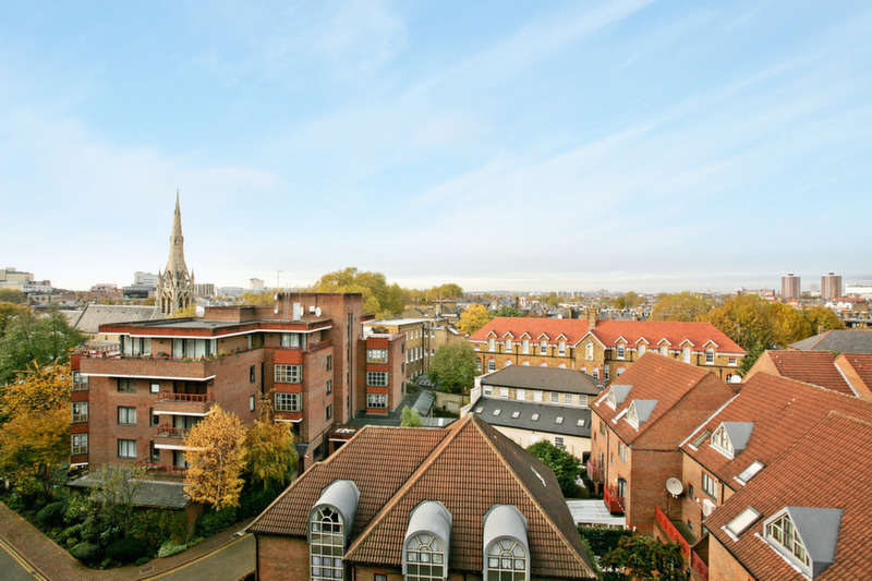 4 Bedrooms Flat for sale in Windsor Way, London