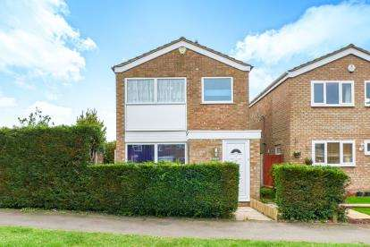 3 Bedrooms Detached House for sale in Pyms Close, Great Barford, Bedford, Bedfordshire