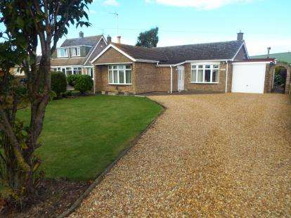 House for sale in Nene Terrace, Crowland, Peterborough, Lincolnshire