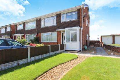 2 Bedrooms Flat for sale in Otley Road, Lytham St. Annes, Lancashire, England, FY8