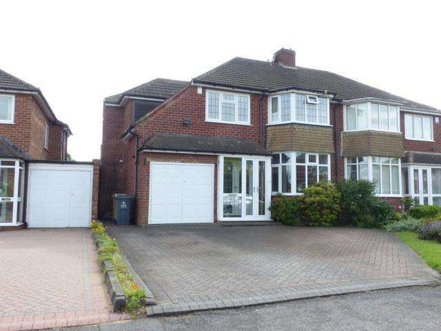 4 Bedrooms Semi Detached House for sale in Ferndale Road,Streetly,Sutton Coldfield