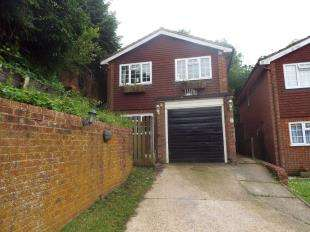 5 Bedrooms Detached House for sale in Mornington Close, Biggin Hill, Kent