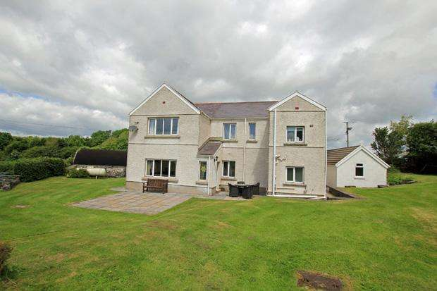 4 Bedrooms Detached House for sale in Pontantwn, Kidwelly, Carmarthenshire