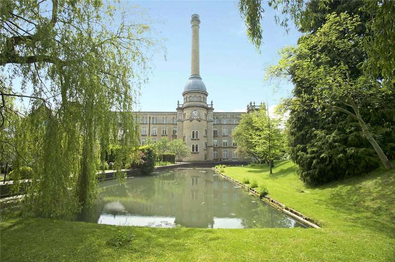3 Bedrooms Mews House for sale in The Warping House, Bliss Mill, Chipping Norton, Oxfordshire, OX7
