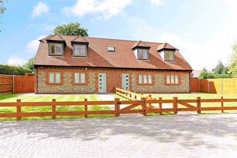3 Bedrooms Semi Detached House for sale in Ballinger Road, Lee Common, Great Missenden, Buckinghamshire, HP16