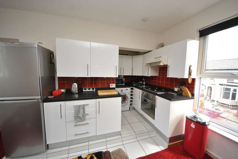 1 Bedroom Flat for sale in Sussex Road, Southport, Merseyside. PR9 0SS