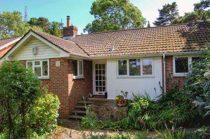 3 Bedrooms Bungalow for sale in Exeter, Devon
