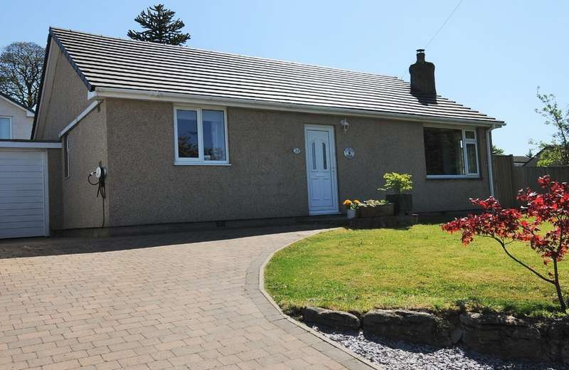3 Bedrooms Detached Bungalow for sale in Wordsworth Drive, Kendal