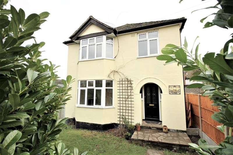 3 Bedrooms Detached House for sale in Apsley, Hemel Hempstead
