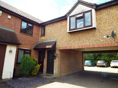 1 Bedroom Maisonette Flat for sale in Hainault, Ilford, Essex