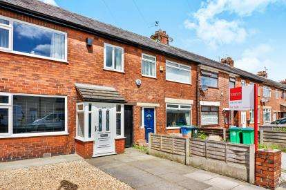 3 Bedrooms Terraced House for sale in Railway Street, Heywood, Greater Manchester
