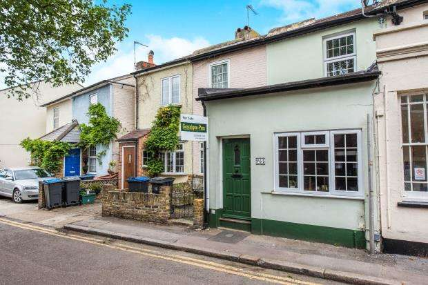 2 Bedrooms House for sale in Kingston Upon Thames, Surrey, England