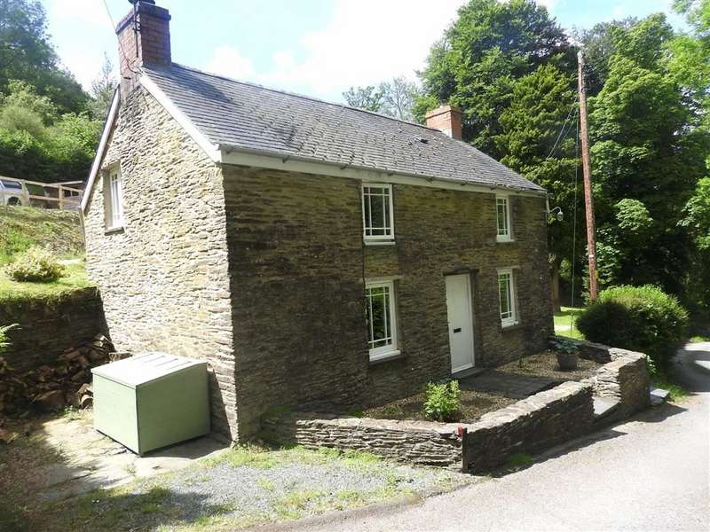 2 Bedrooms Property for sale in CWM MORGAN
