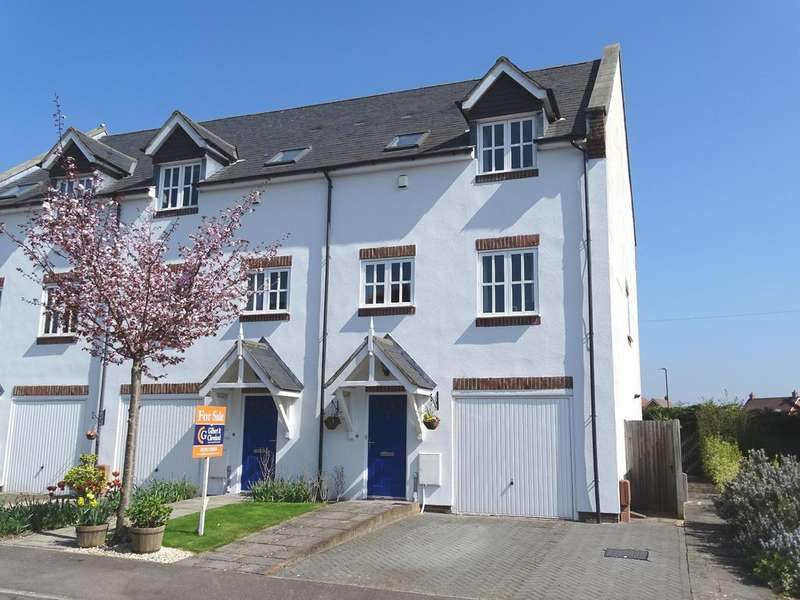 3 Bedrooms Town House for sale in Tilemakers Close, Westhampnett