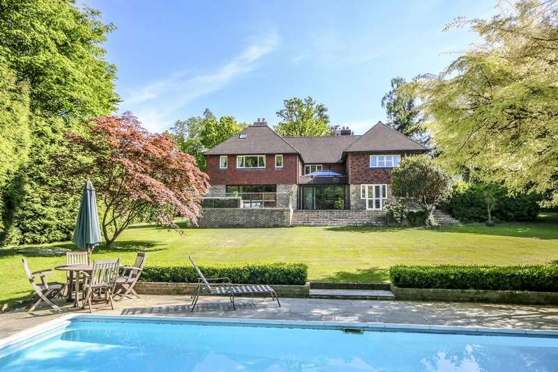 6 Bedrooms Detached House for sale in Itchingfield, Horsham, West Sussex, RH13