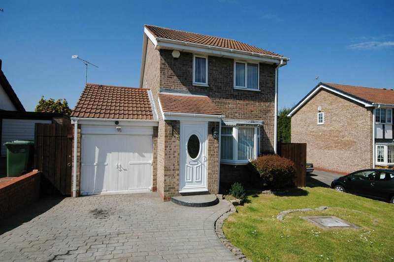 3 Bedrooms Detached House for sale in Celandine Way, Whitehills