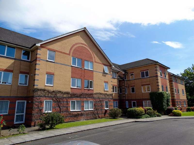 2 Bedrooms Flat for sale in Hambledon Place, Victoria Drive, Bognor Regis