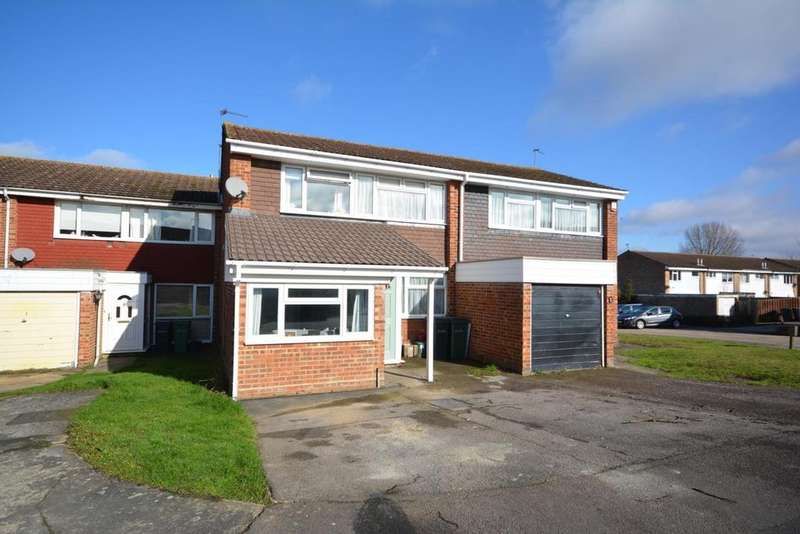 3 Bedrooms Semi Detached House for sale in Gilbert Way, Braintree, Essex, CM7
