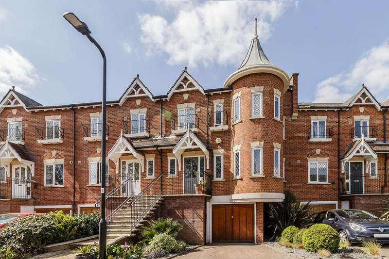 5 Bedrooms End Of Terrace House for sale in Thames Ditton