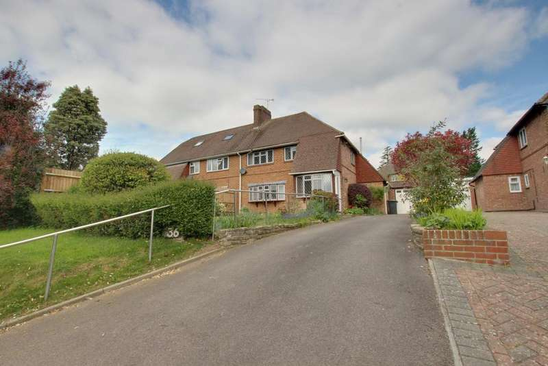 3 Bedrooms Semi Detached House for sale in Old Bedhampton