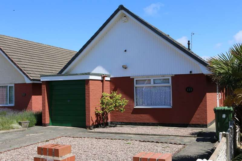 2 Bedrooms Detached Bungalow for sale in Garstang Road, Marshside, Southport