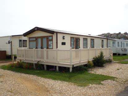 2 Bedrooms Detached House for sale in West Bay Holiday Park, West Bay, Bridport.