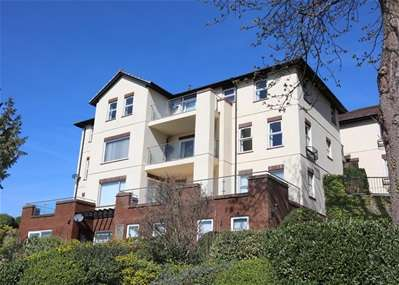 3 Bedrooms Flat for sale in Middle Warberry Road, Torquay