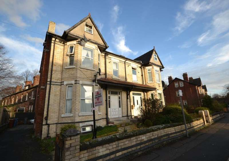 2 Bedrooms Semi Detached House for sale in Everett Road, Withington