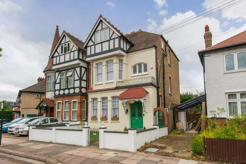 6 Bedrooms House for sale in Messaline Avenue, Acton