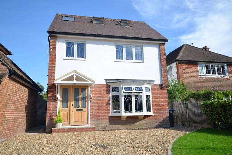 4 Bedrooms Detached House for sale in Byfleet Village