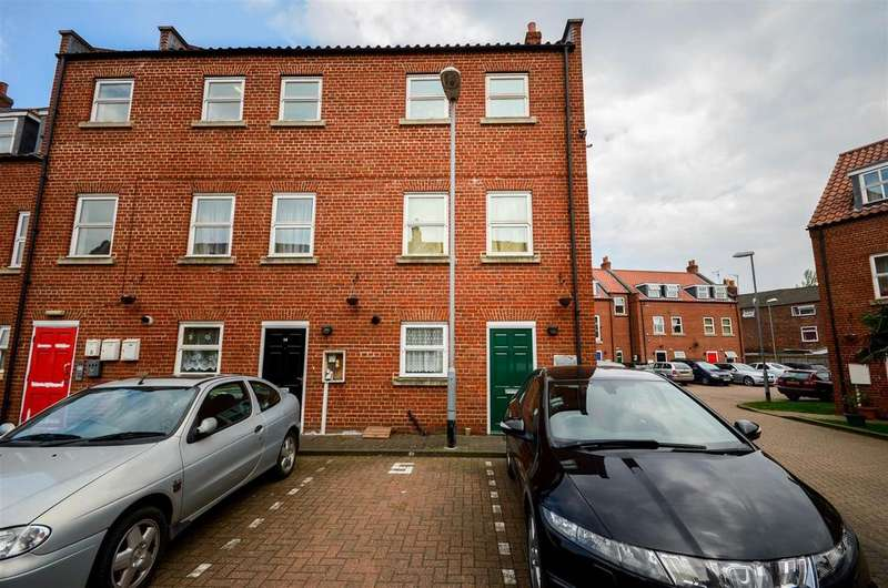 2 Bedrooms Apartment Flat for sale in Willoughby Road, Boston