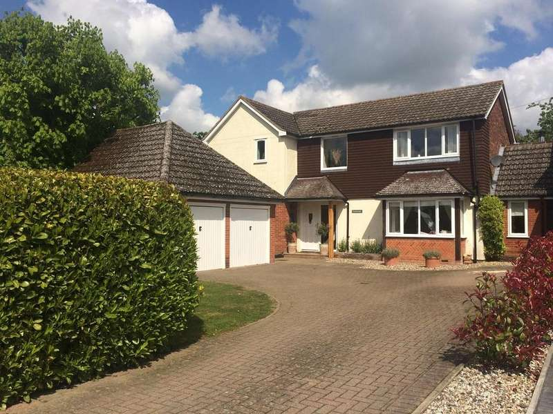 4 Bedrooms Detached House for sale in The Street, High Easter, Essex, CM1