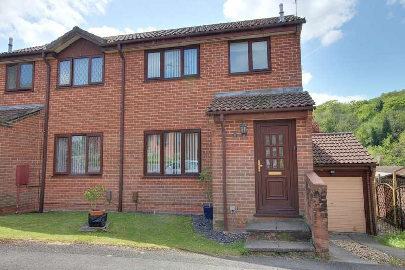3 Bedrooms Semi Detached House for sale in HORNDEAN