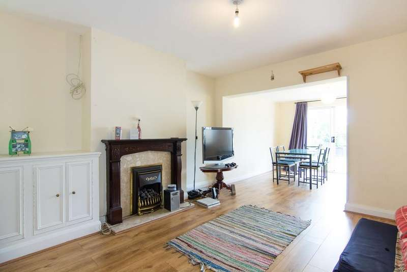 3 Bedrooms House for sale in Park View, Acton