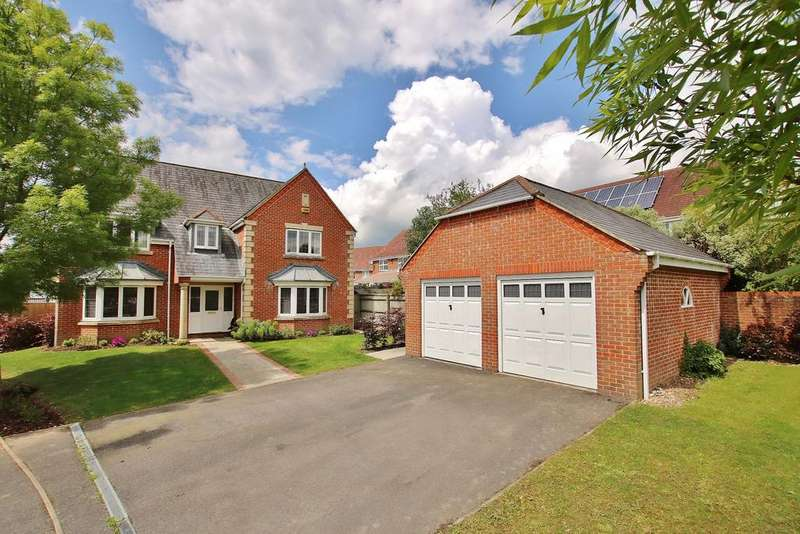 5 Bedrooms Detached House for sale in Whitchurch