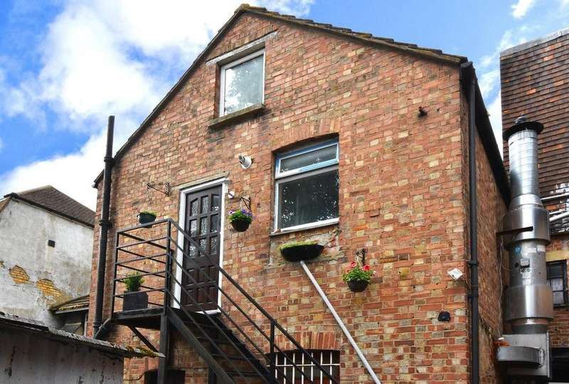 4 Bedrooms Flat for sale in High Street Orpington
