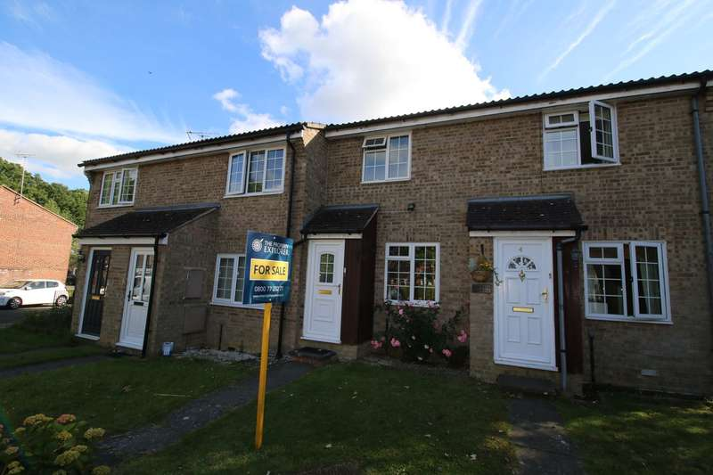 2 Bedrooms Terraced House for sale in Oakwood, Chineham, Basingstoke, RG24