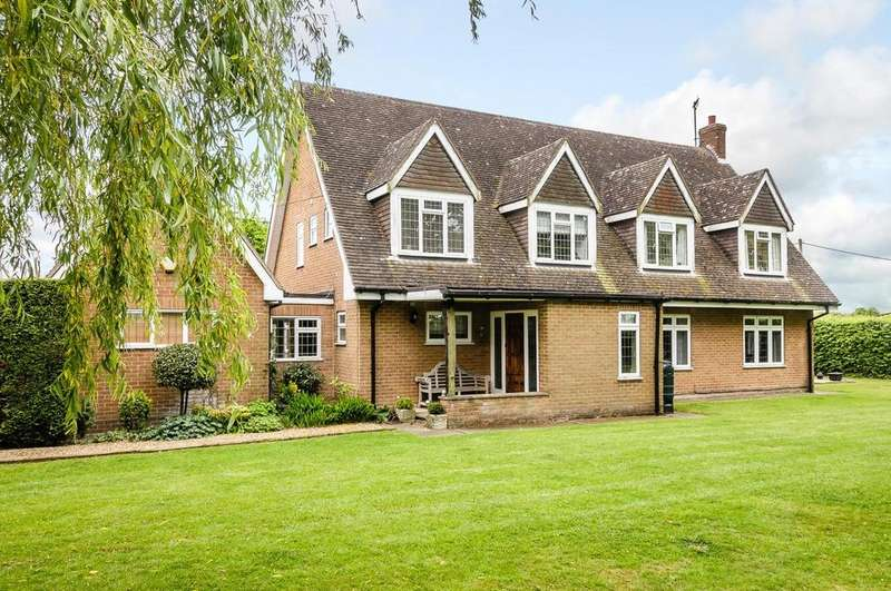 5 Bedrooms Detached House for sale in Cock Clarks, Chelmsford, Essex, CM3