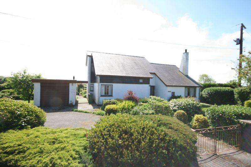 3 Bedrooms House for sale in Llangristiolus, Bodorgan
