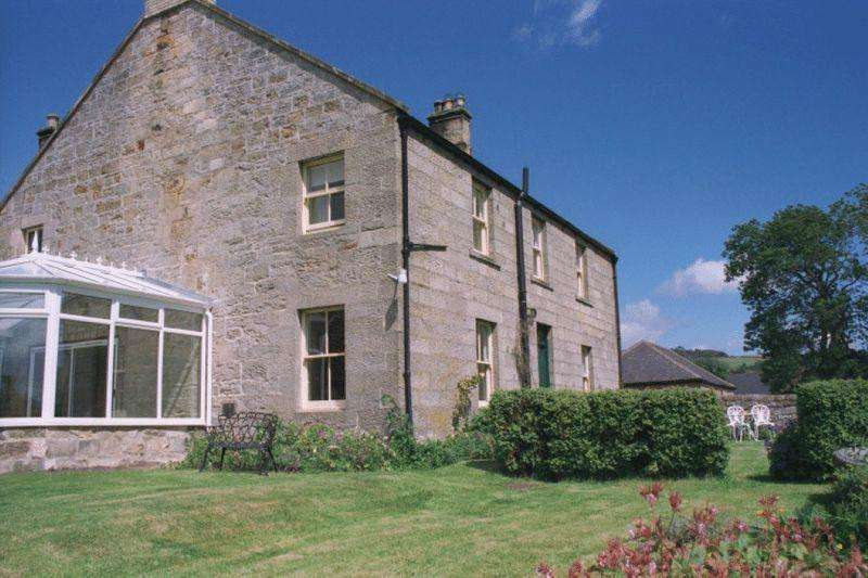 6 Bedrooms Farm House Character Property for sale in Thropton Demesne Farmhouse, Thropton, Morpeth