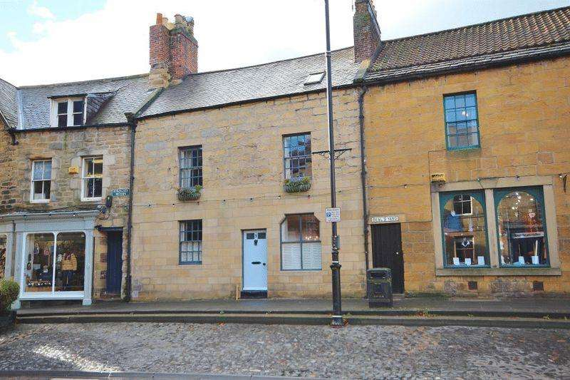 4 Bedrooms Town House for sale in Bondgate Within, Alnwick
