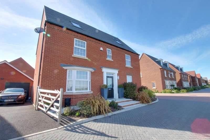 6 Bedrooms Detached House for sale in Denvilles