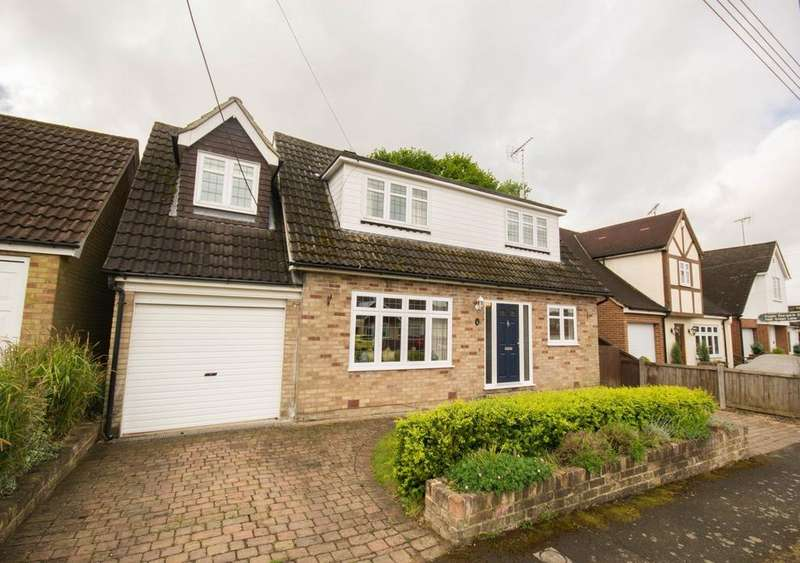 5 Bedrooms Detached House for sale in Tennyson Road, Hutton, Brentwood, Essex, CM13