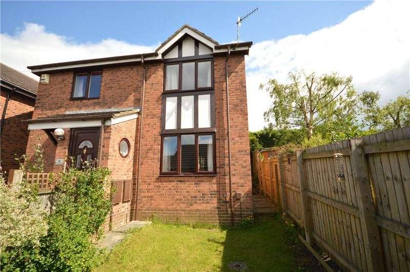 4 Bedrooms Detached House for sale in Markham Croft, Rawdon, Leeds, West Yorkshire