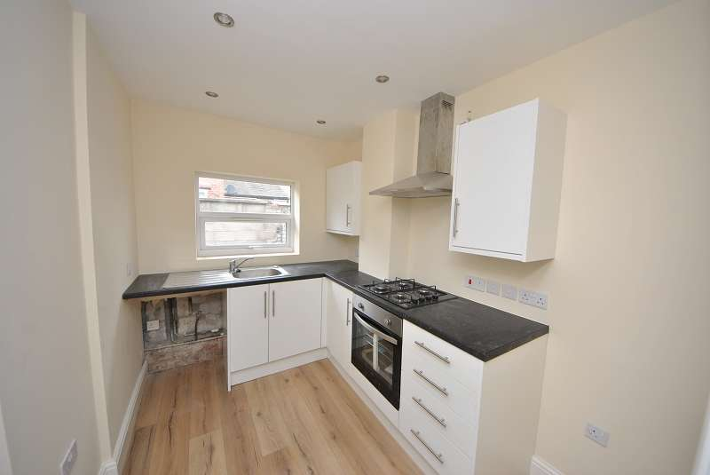 2 Bedrooms Terraced House for sale in Pope Street, Bootle, L20 4PH