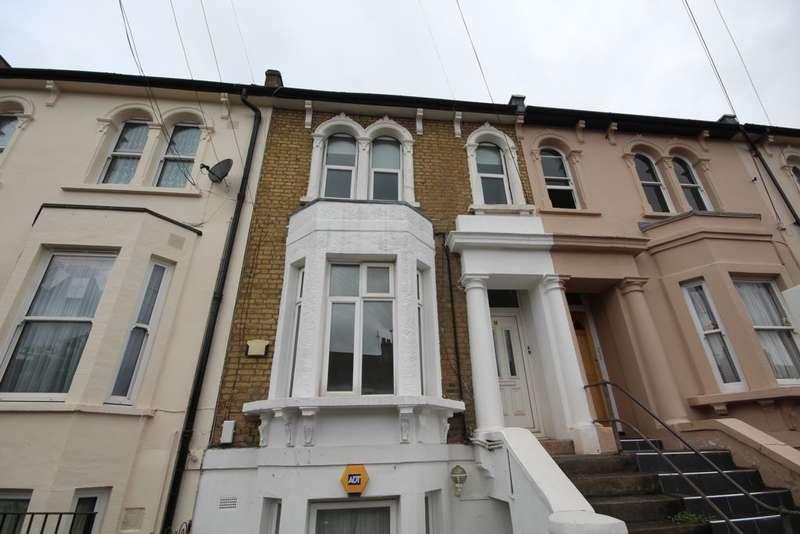 1 Bedroom Flat for sale in Hall Floor Flat, Mosslea Road, Penge, SE20