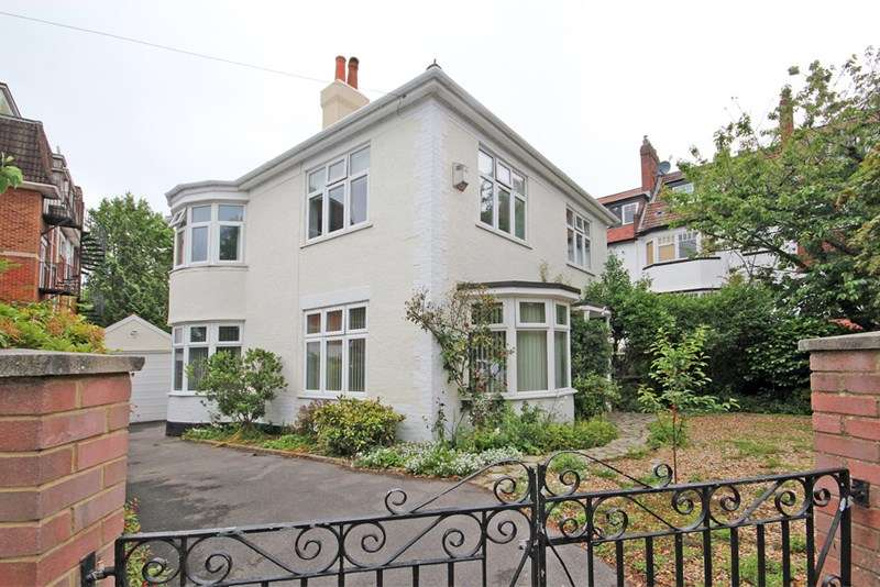 3 Bedrooms Property for sale in Wharncliffe Road, Bournemouth