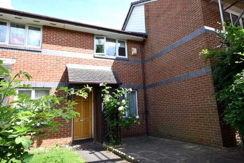 2 Bedrooms Terraced House for sale in Henley Drive London Bridge SE1
