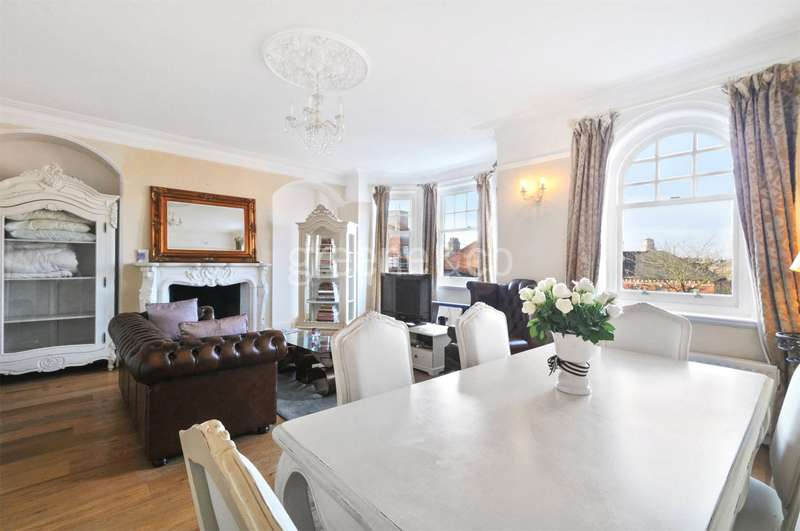 3 Bedrooms Flat for sale in Smyrna Road, West Hampstead, London, NW6
